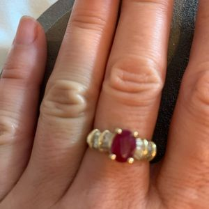 Gold ring with ruby